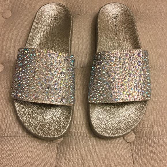 109e09864a2 INC Peymin Pool Slide Sandals Sz 8 BRAND NEW